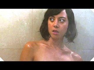 Aubrey Plaza Loves Sauna...