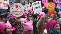EUA tem atos em defesa dos direitos das mulheres e contra Trump