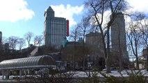 Snow turns iconic Niagara Falls into a winter wonderland