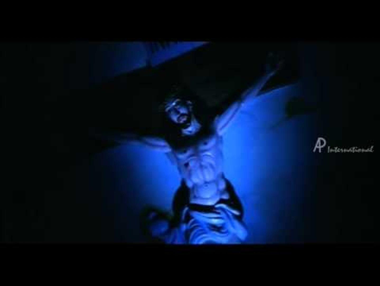 Anthony Yaar Tamil Movie - Maniyosai Ketkalaiyo Song |