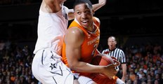 Vols' Grant Williams 23-of-23 from free-throw line in win at Vandy