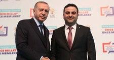 """Erdoğan'ın """"Yasin Senin Niye Bıyık Yok"""" Diye Sorduğu Aday Bıyık Bıraktı"""