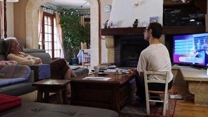C'EST POUR DE FAUX - Un film de Mona Maire
