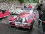 Rassemblement anciennes voitures