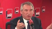 """François Bayrou : """"On est un pays qui croit que toutes les réponses doivent être apportées par l'Etat central dans des décisions à Paris. Or la France ce n'est pas ça, ça ne devrait pas être ça""""."""