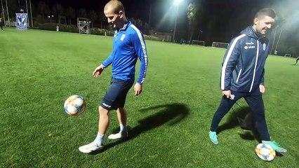 Zabawa z piłką po dniu treningowym