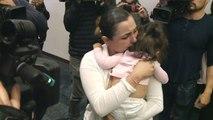 Migrants : une fillette de 17 mois réunie avec sa maman après un mois de séparation
