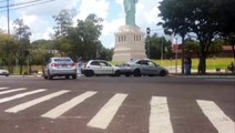 Colisão de trânsito é registrada na Av. Tancredo Neves