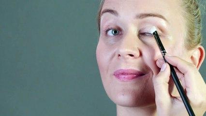 agrandar los ojos con maquillaje