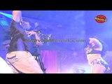 Veena Malik's Hot Scene I Dirty Picture    Making of Kannada Movie Silk Sakkath Maga - Hot Scene - 8