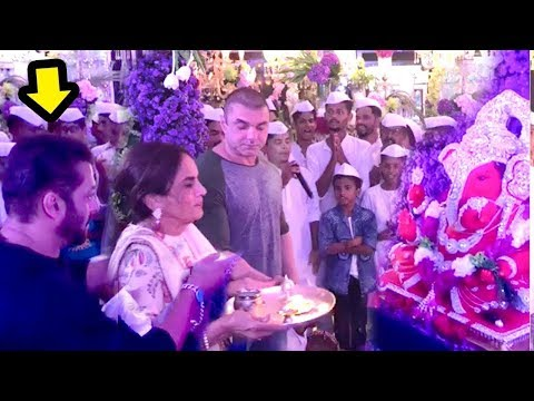 Salman Khan Performs AARTI At Sister Arpita Khan Sharma's GRAND Ganpati Celebrations 2018