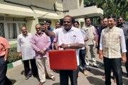 LIVE : ಕುಮಾರಸ್ವಾಮಿ ಬಜೆಟ್ ನಲ್ಲಿ ಯಾರ್ ಯಾರಿಗೆ ಏನ್ ಏನ್ ಸಿಕ್ಕಿತು?
