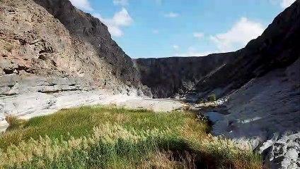 Wandern im Oman: Auf Entdeckungstour ins malerische Wadi Lasmu