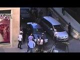 Des journalistes se font tabasser par des agents des douanes à Beyrouth - L'Orient - Le Jour