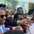 Roc Nation brunch dominates Twitter, as fans react to all the celebrities dressed in designer fashions, living the rich life + Kevin Hart's motivating speech #GRAMMYs