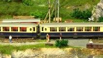 Trains miniatures de Suisse traversant le pont ferroviaire en voie métrique - Une vidéo de Pilentum Télévision sur le modélisme ferroviaire avec des trains miniatures