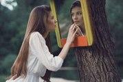 10 Tricks um Spiegel streifenfrei zu reinigen