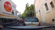 Un éboueur marseillais filmé en train de jeter des déchets par la fenêtre de son camion.