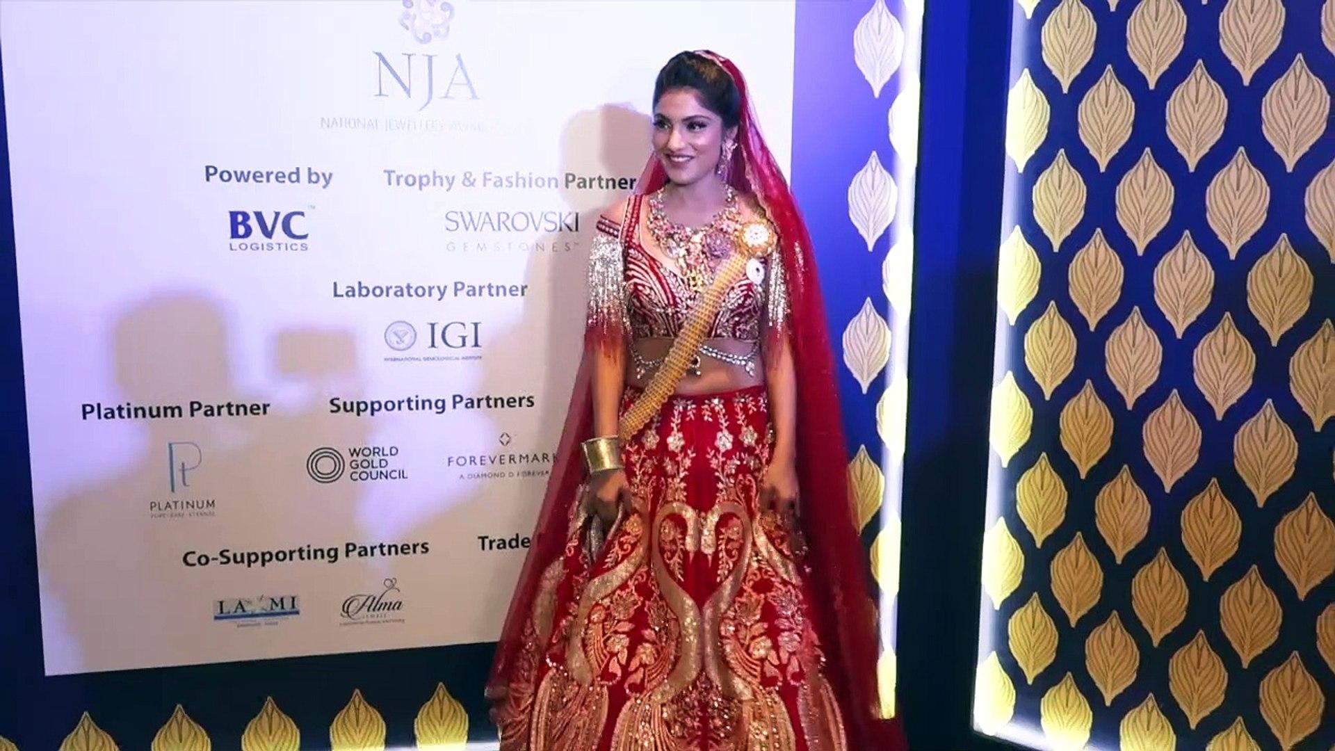 Actress Ishita Sharma's ramp walk goes WRONG
