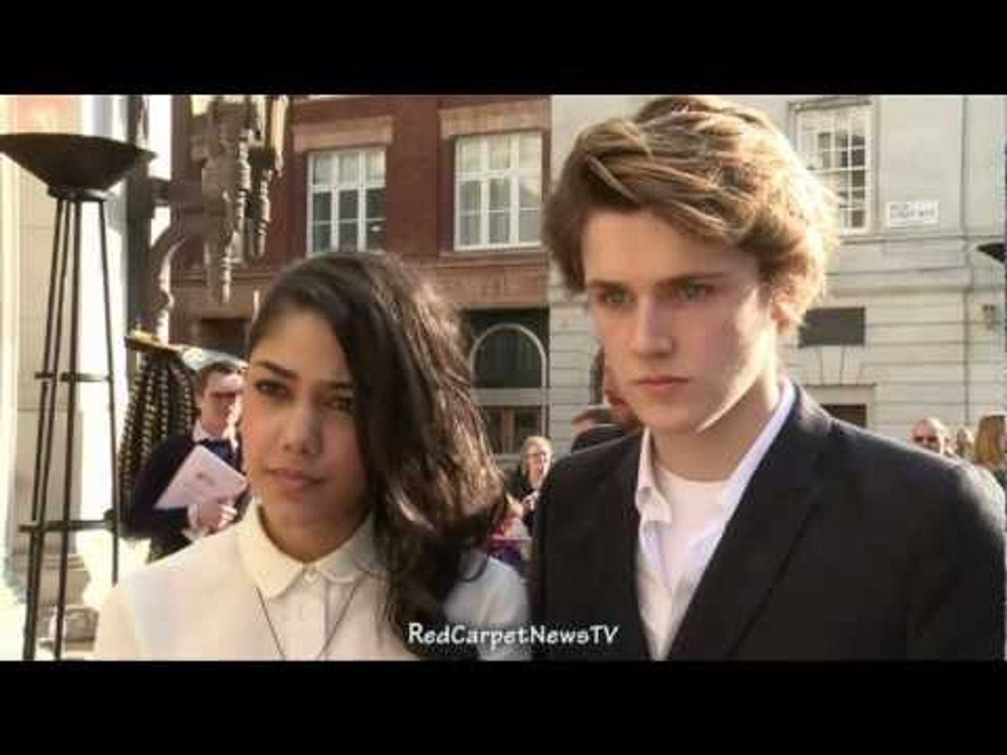 Eugene Simon & Tasie Dhanraj Intervew - House Of Anubis Season 2 UK Premiere