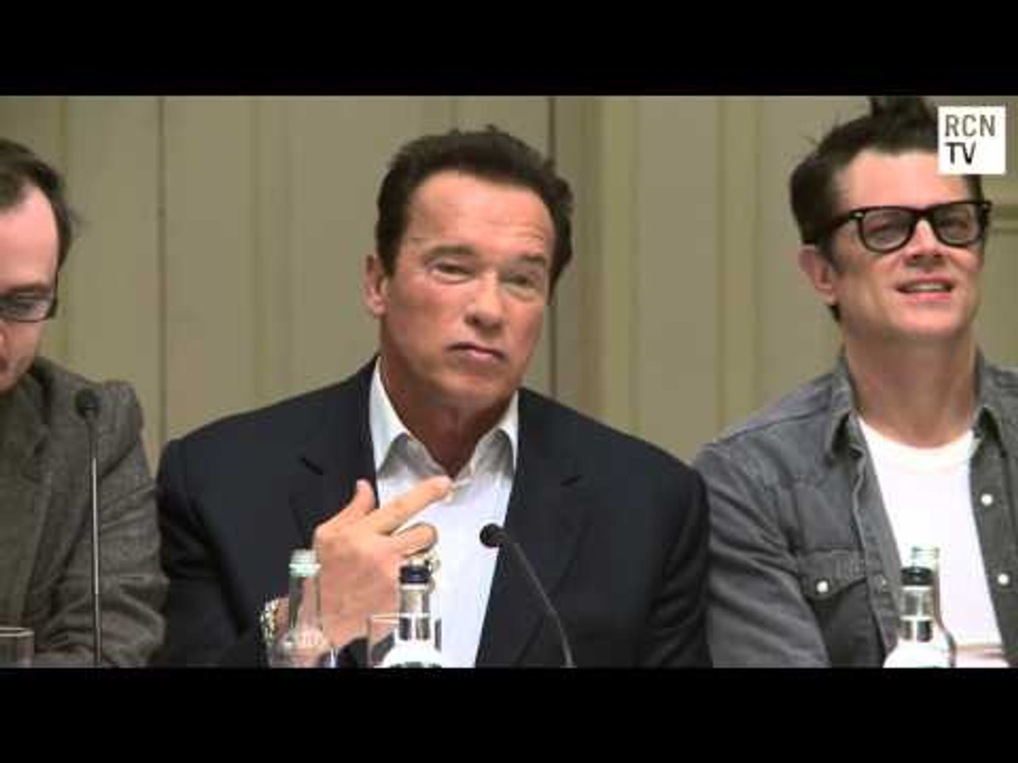 Arnold Schwarzenegger Interview One Liners & Jackass - The Last Stand Premiere Press Conferences