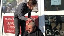 Pierre coiffe et rase les SDF dans la rue