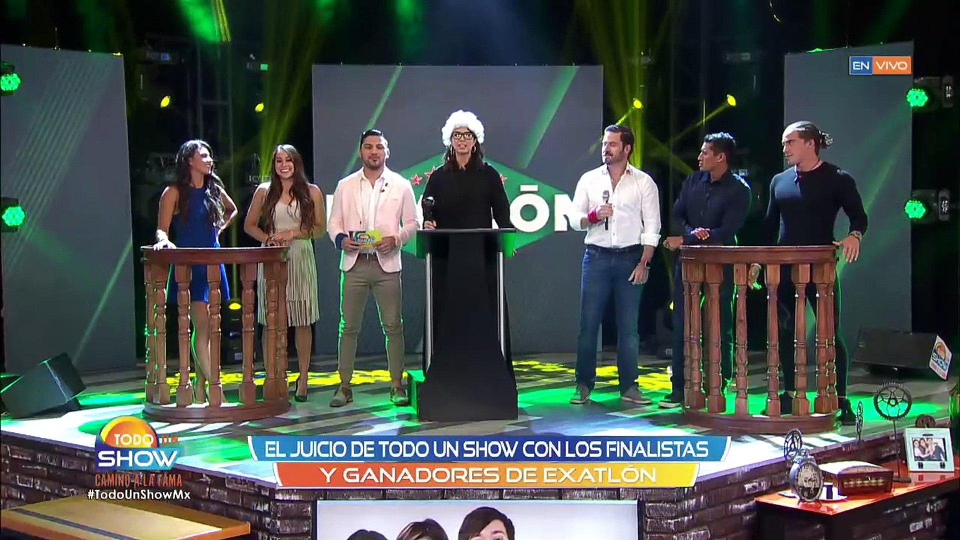 Todo Un Show | Pato Araujo sacó sus dotes artísticos y nos CANTÓ EN VIVO.