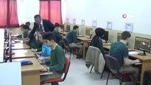 Bu Okul Fabrika Gibi Çalışıyor...okulda Ahşap Oyuncak İmal Ediyorlar