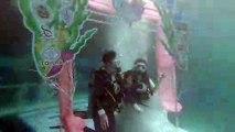 Mercredi, dans le sud de la Thaïlande, neuf couples se sont mariés à huit mètres de profondeur, dans la mer d'Andaman. Cette cérémonie annuelle de mariage sous l'eau est reconnue comme la plus grande du genre
