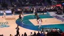 Dwyane Wade envoie LeBron James  au alley oop