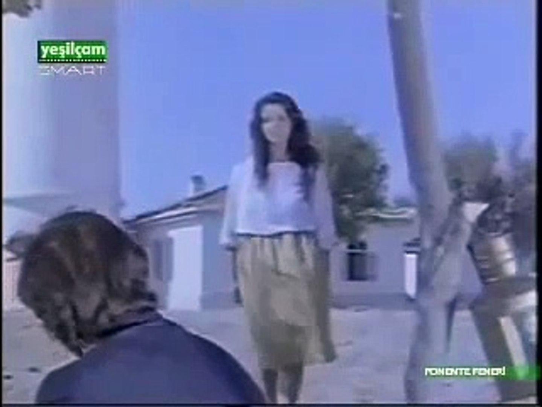 Ponente Feneri 1988 - Türk Filmi - Hülya Koçyiğit - Hakan Balamir Part 2