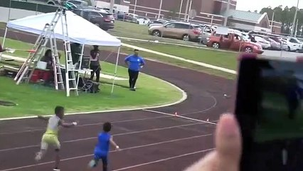 Ce gamin de 7 ans est le prochain Usain Bolt du sprint