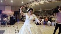 Düğünde Gelin hanımın müthiş dansı