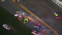 Un crash géant de 21 voitures dans la course de Nascar Daytona 500