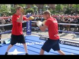 KO KING UNLEASHED! - ANDY TOWNEND BATTERS THE PADS AHEAD OF JOHN KAYS CLASH / BROOK v SPENCE