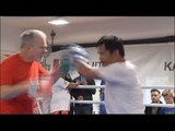 MANNY PACQUIAO PAD WORK - DOES MANNY PACQUIAO STILL SHOW SIGNS OF THAT MACHINE GUN HAND SPEED?!