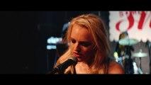 Her Smell - Elisabeth Moss
