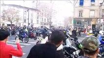 Les motards rejoignent le cortège des Gilets jaunes, à la Guillotière, Lyon