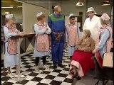 BBC Dinnerladies  S2E10   Gravy Comedy)