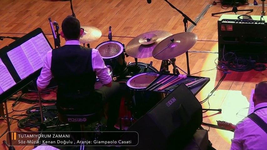 Kenan Doğulu - Tutamıyorum Zamanı | Kenan Doğulu Swings With Blue In Green Big Band Konseri #Canlı
