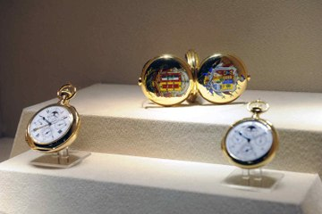 Top 5 prestigious watch brands that men dream of having