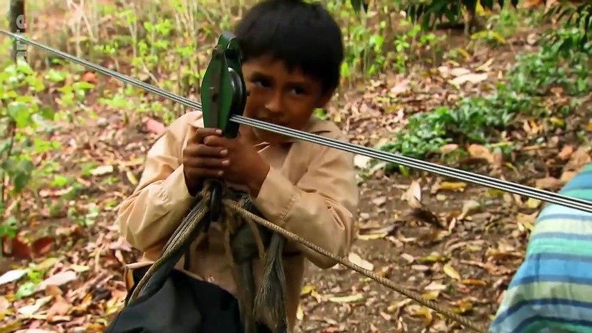 Chemins d'école, chemins de tous les dangers - Bolivie