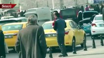 Taksim Meydanı'nda taksicilerin kavgası kameralara yansıdı
