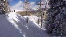 Un skieur emporté dans une avalanche (POV)