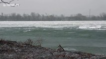 Massive sheets of ice flow down Niagara river after Lake Erie ice breaks