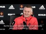 Solskjaer Open To Sir Alex Ferguson Giving Team Talk - Manchester United v Liverpool