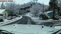 Une ligne électrique chute en pleine route en Californie et explose