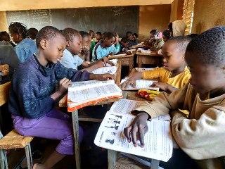 Burkina 2019 Pernette découvre l'Afrique avec son grand père Kaito