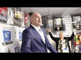 'SING OR GET OUT!' - A LEAN-LOOKING TYSON FURY GETS THEM GOING WITH A RENDITION OF AMERICAN PIE