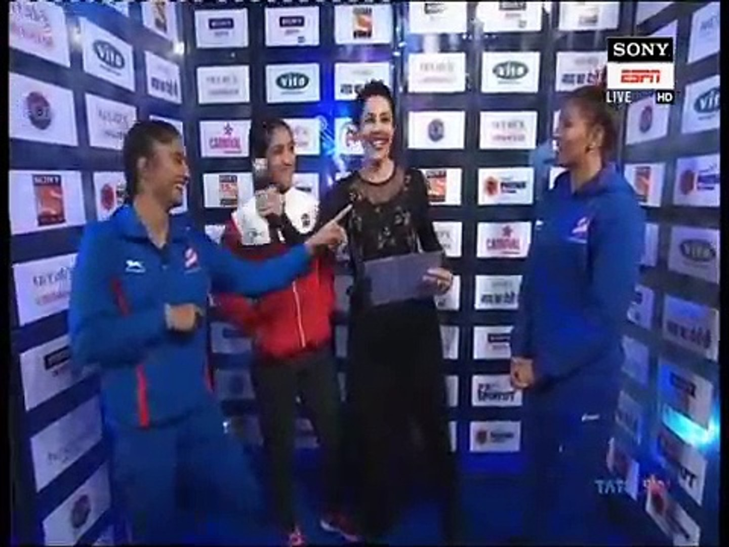 PWL 3 Day 7_ Phogat sisters speaks before the battle between UP Dangal and Delhi